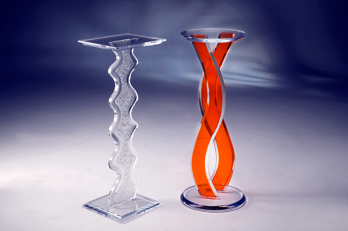 Aspen / Wave Acrylic Pedestal